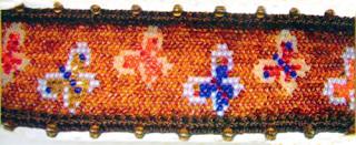 """Плетение бисерного браслета с орнаментом из бабочек и с отделкой в макраме. Схема плетения орнамента """"Бабочки"""" из бисера."""