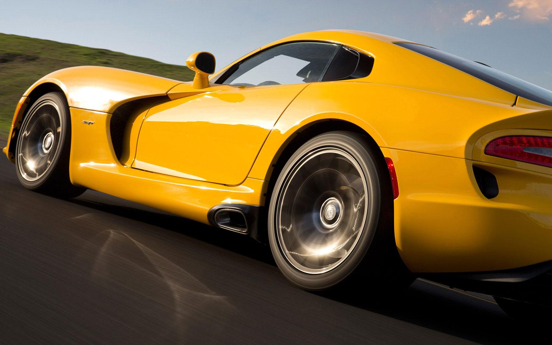 cars model   srt viper acr  debut  calendar year