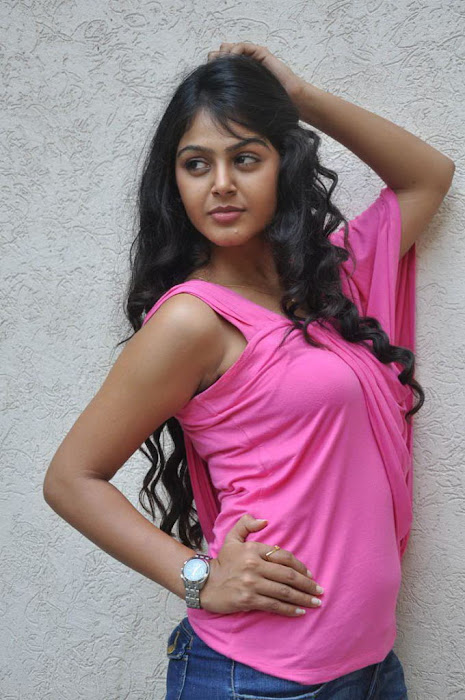 monal gajjar in pink hot images