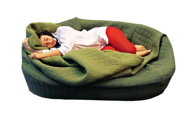 Design a roma appunti da autodidatta moody nest un divano multifunzione - Consiglio divano ...