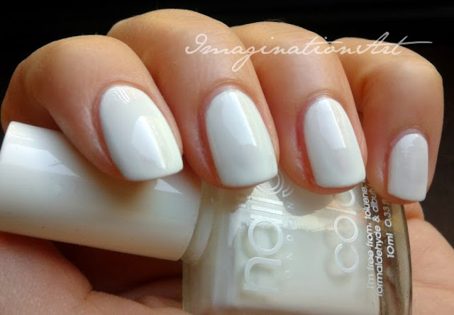 Nail Girls London  White#1 swatch swatches unghie nail polish smalto lacquer