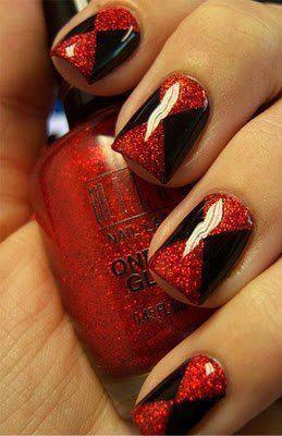 Uñas rojo glitter y negro