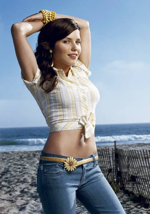 Sophia Bush Photos in Jeans