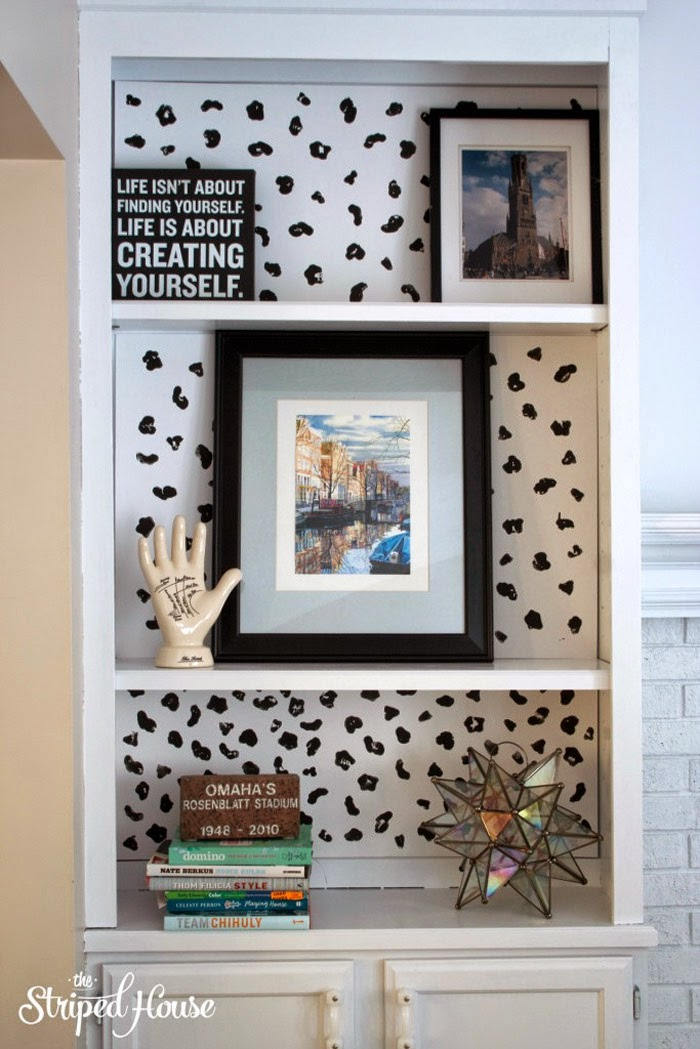 DIY Animal Bring Bookcase Background tutorial | The Striped House