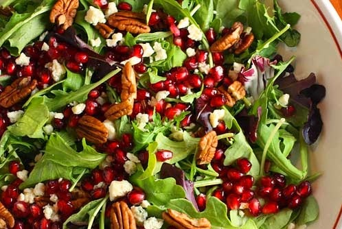 Mixed Green Salad With Pomegranate Vinaigrette Recipe