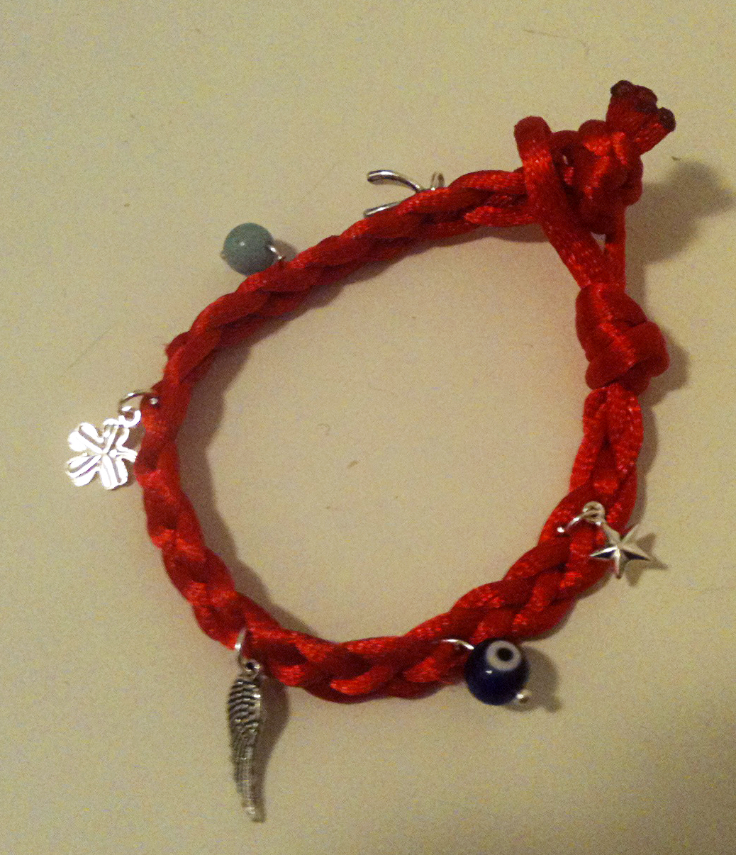 Red String Good Luck Charm Bracelet Giveaway