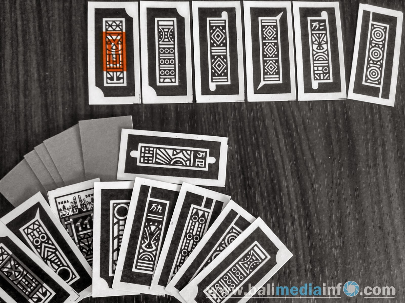 Sistem permainan kartu perdagangan