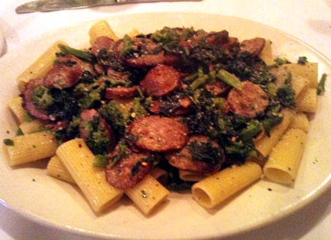 Thinking With Your Stomach: Rigatoni with Sausage and Broccoli Rabe ...