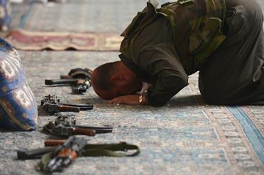 Prayers, militant, in Syria