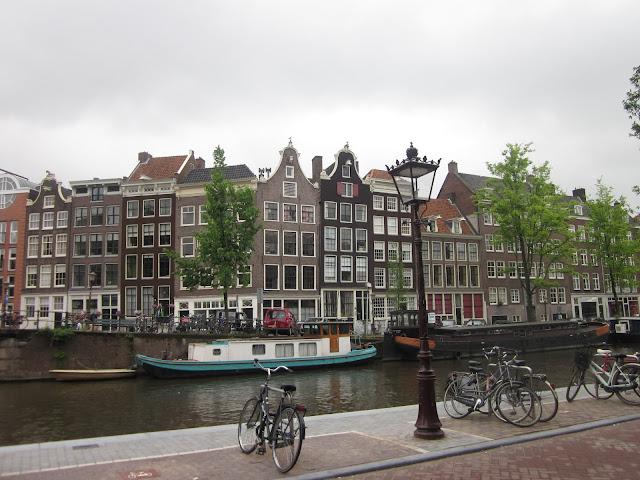 Amsterdam / SouvenirChronicles.blogspot.com