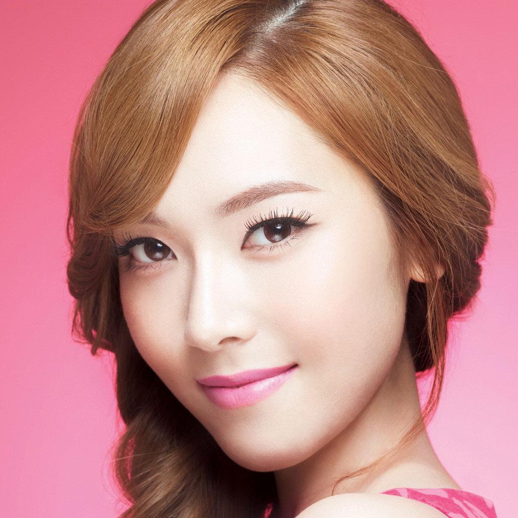 http://2.bp.blogspot.com/-OyhZXYpB22k/UTA3lwF2aHI/AAAAAAAAAyU/Y0OHu1dG9Bg/s1600/Girls\'+Generation\'s+Jessica+Jung+Soo+Yeon+wallpapers+1024x1024+(04).jpg