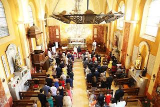photo cérémonie religieuse éguilles