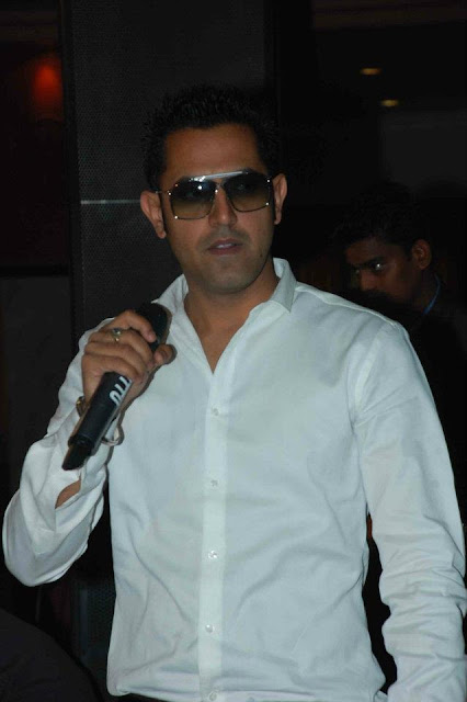 Gippy Grewal Live Show - Marriage Program - HD Photos