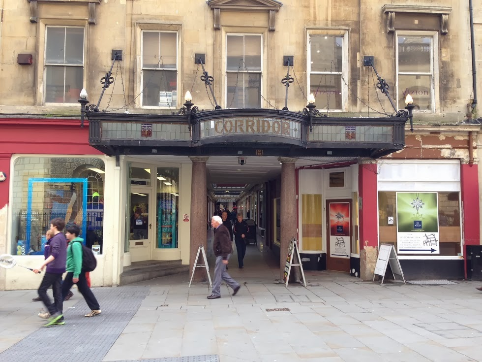 Corridor shopping arcade, Bath