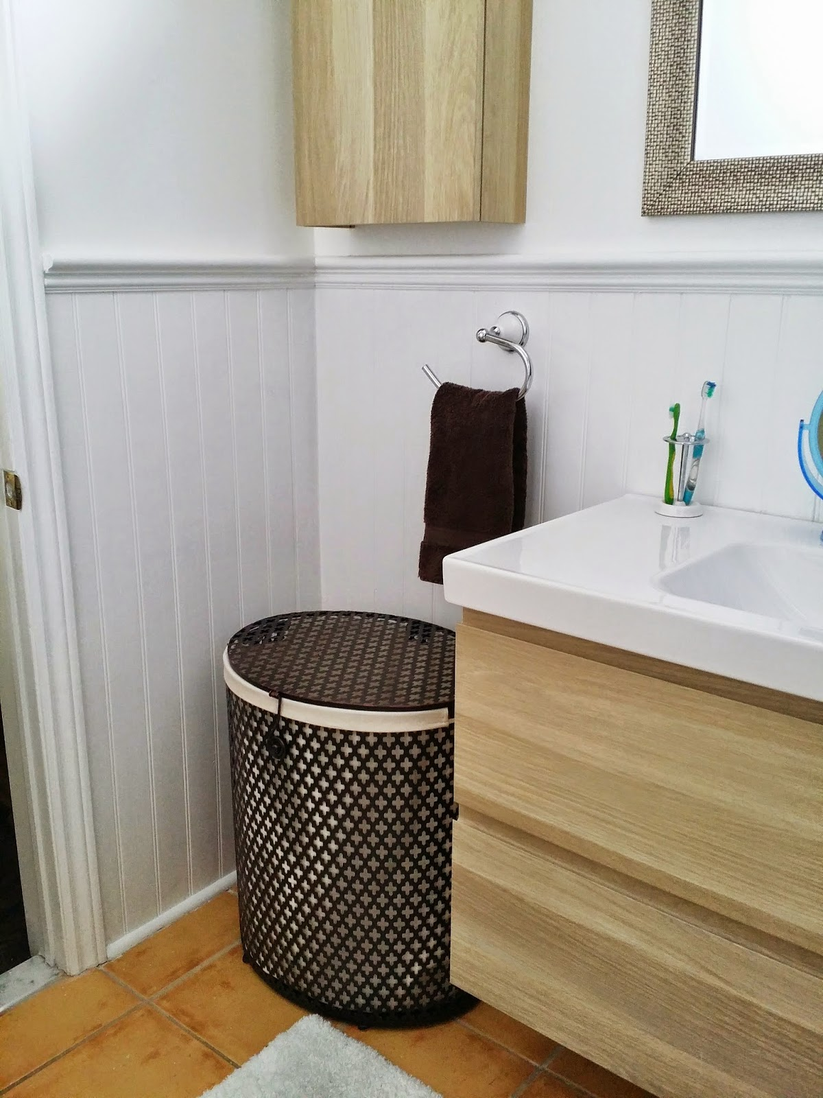 My sister creates a sweet functional bathroom in a weekend (or 2 ...