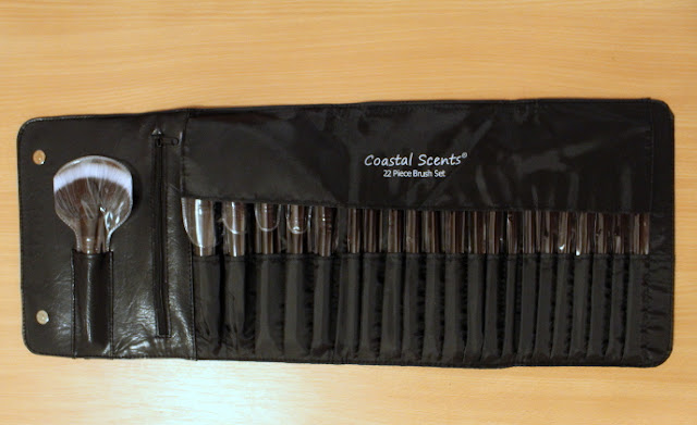 22 piece Brush set Coastal Scents