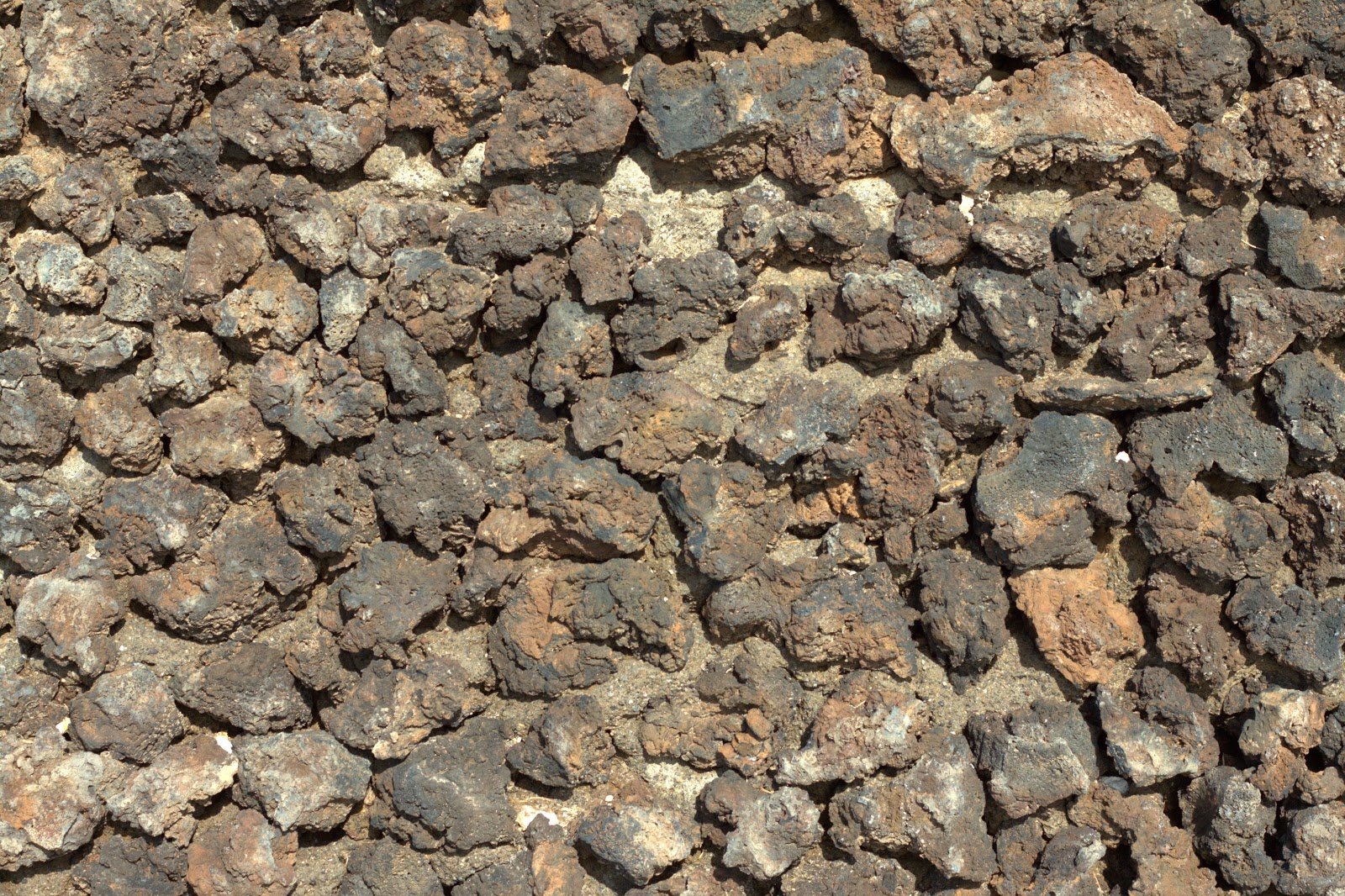 Rocky stone coloured wall texture 4770x3178