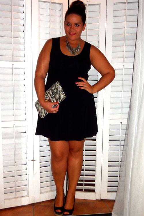 My Little Black Dress ~ vistetequevienencurvas