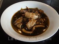 http://www.recetaspasoapaso.com/2011/11/calamares-en-su-tinta.html