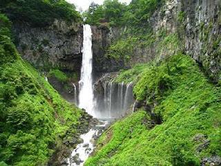 Air Terjun Kegon Menjadi Tempat Favorit untuk bunuh diri - [http://baby-jihan.blogspot.com]