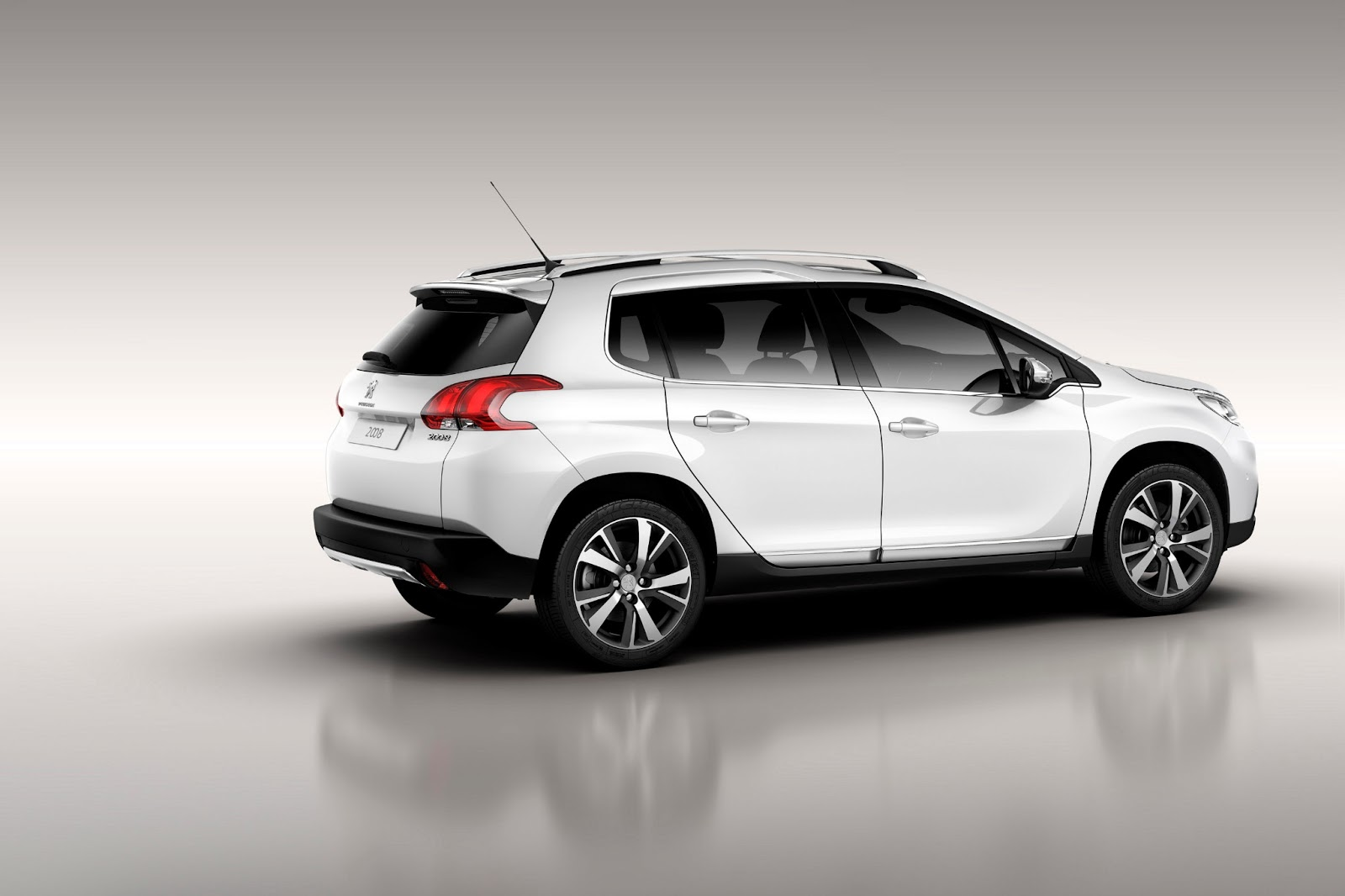 peugeot 2008 crossover 2013 pictures wallpapers images interiors and exteriors specifications. Black Bedroom Furniture Sets. Home Design Ideas