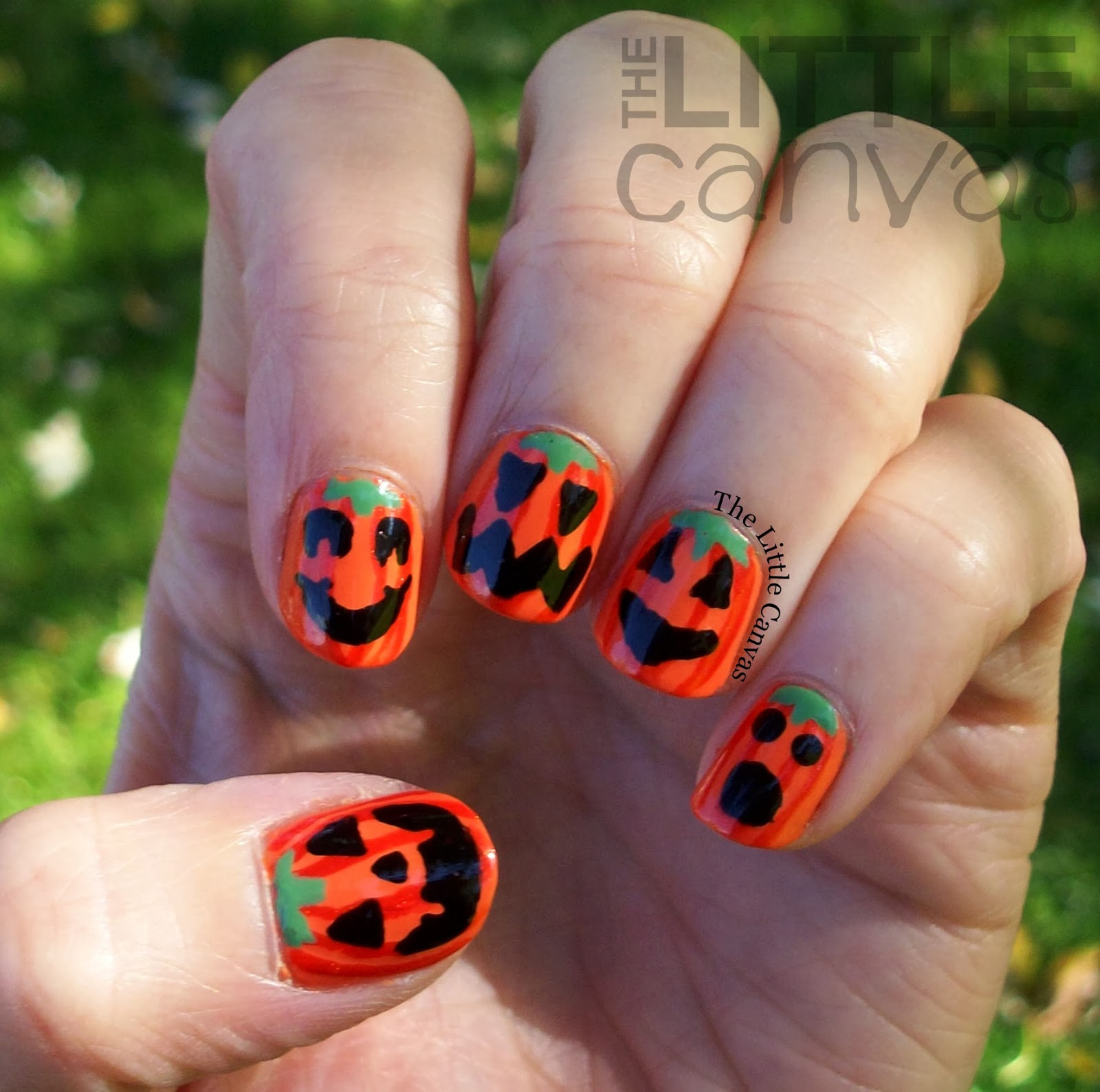 Bestie Twin Nails - Jack O\'Lantern Nails! - The Little Canvas