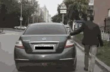 robo-coche-truco-plasta