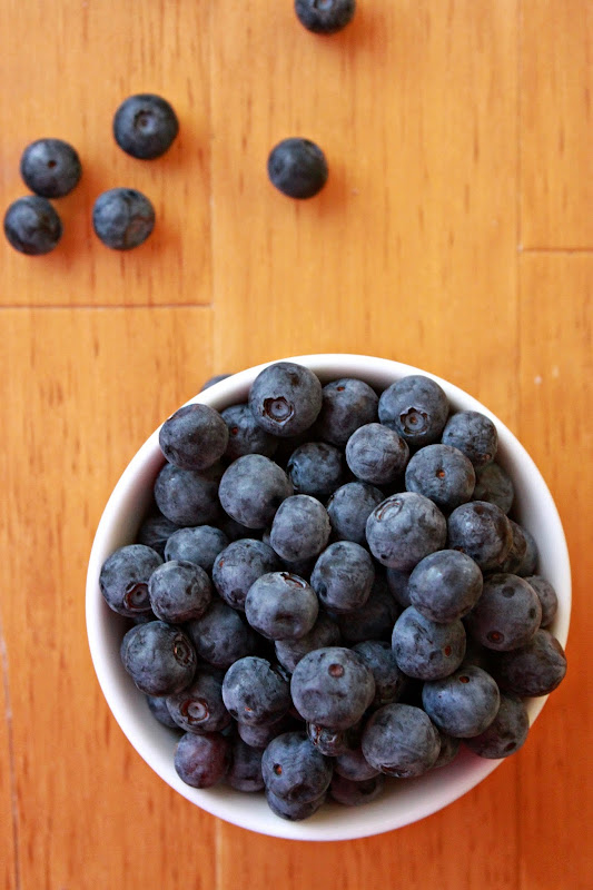 Annie's City Kitchen: Easy Blueberry Sauce