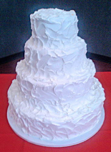 white wedding cakes with buttercream frosting wedding ido