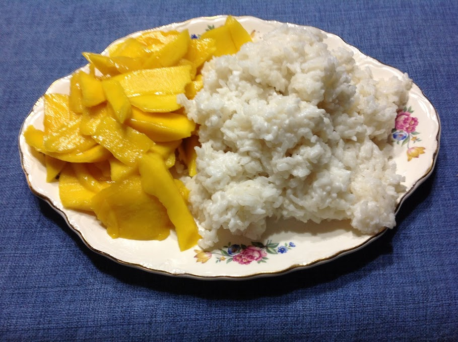 glimpse of our life: Coconut Sticky Rice with Mangoes