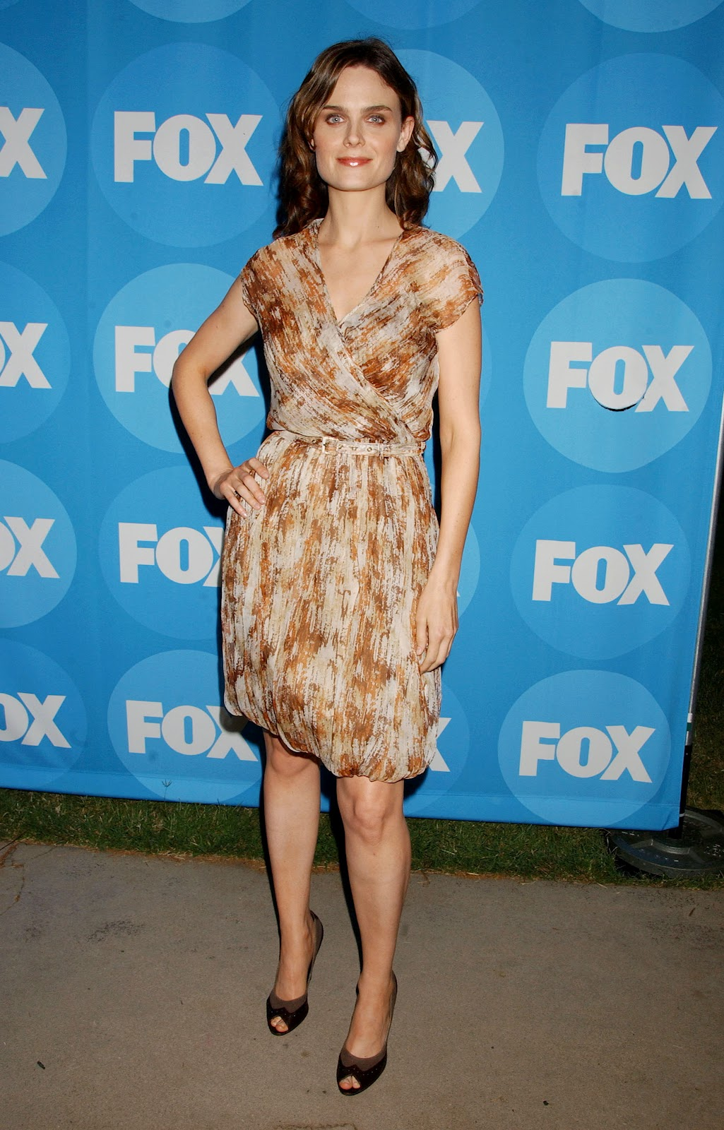 Happiness! Emily deschanel naked feet opinion