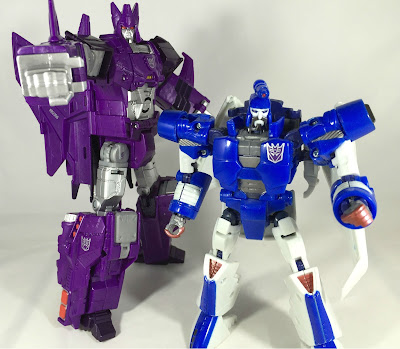 cyclonus and scourge