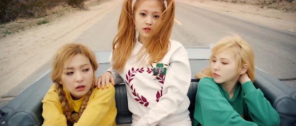 Red Velvet Yeri Ice Cream Cake