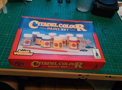 Citadel Colour Paint Set 1994 - Front Closed