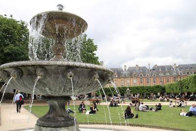 La Place des Vosges, París. Blog Esteban Capdevila