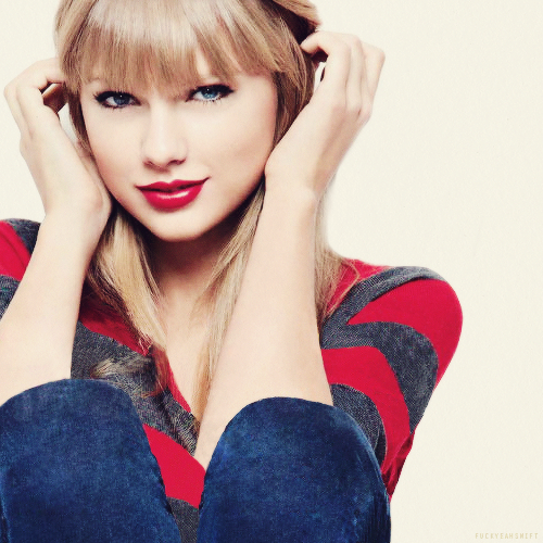 Taylor Swift HD Wallpapers Free Download