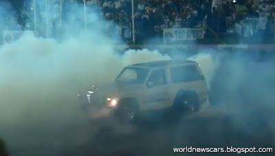 Custom Nissan Patrol Blows Engine while Drifting