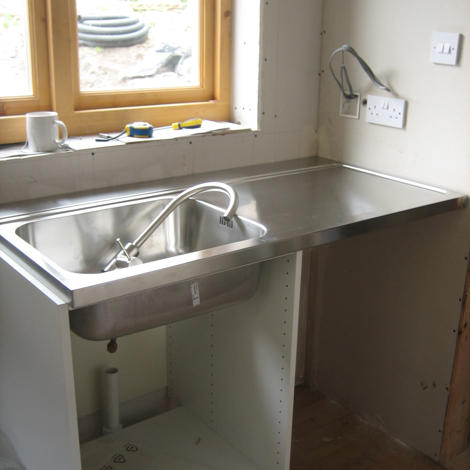 Utility Sink Unit : and the fitting of the unit and the sink