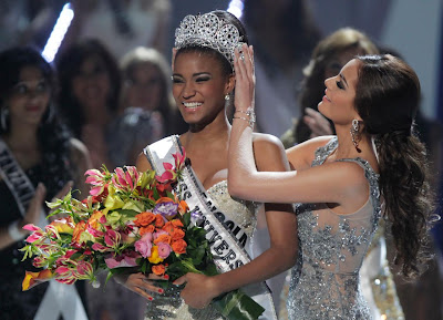 Leila Lopes, Miss Angola couronnée Miss Univers