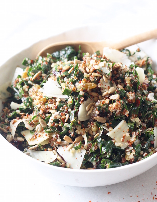 Kale & Quinoa Salad recipe with Lemony Vinaigrette by SeasonWithSpice.com