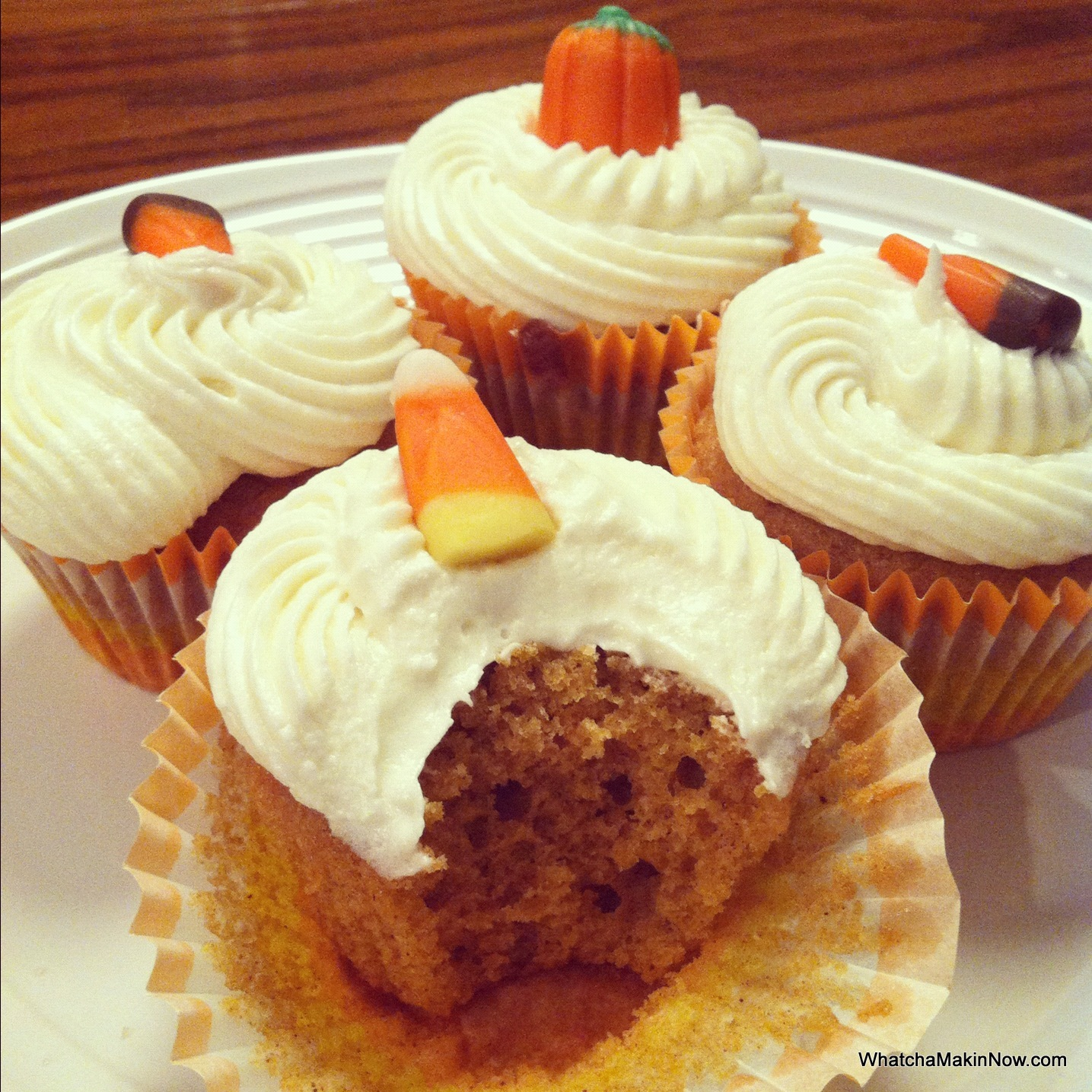 Whatcha Makin' Now?: Pumpkin Cupcakes with Cream Cheese ...