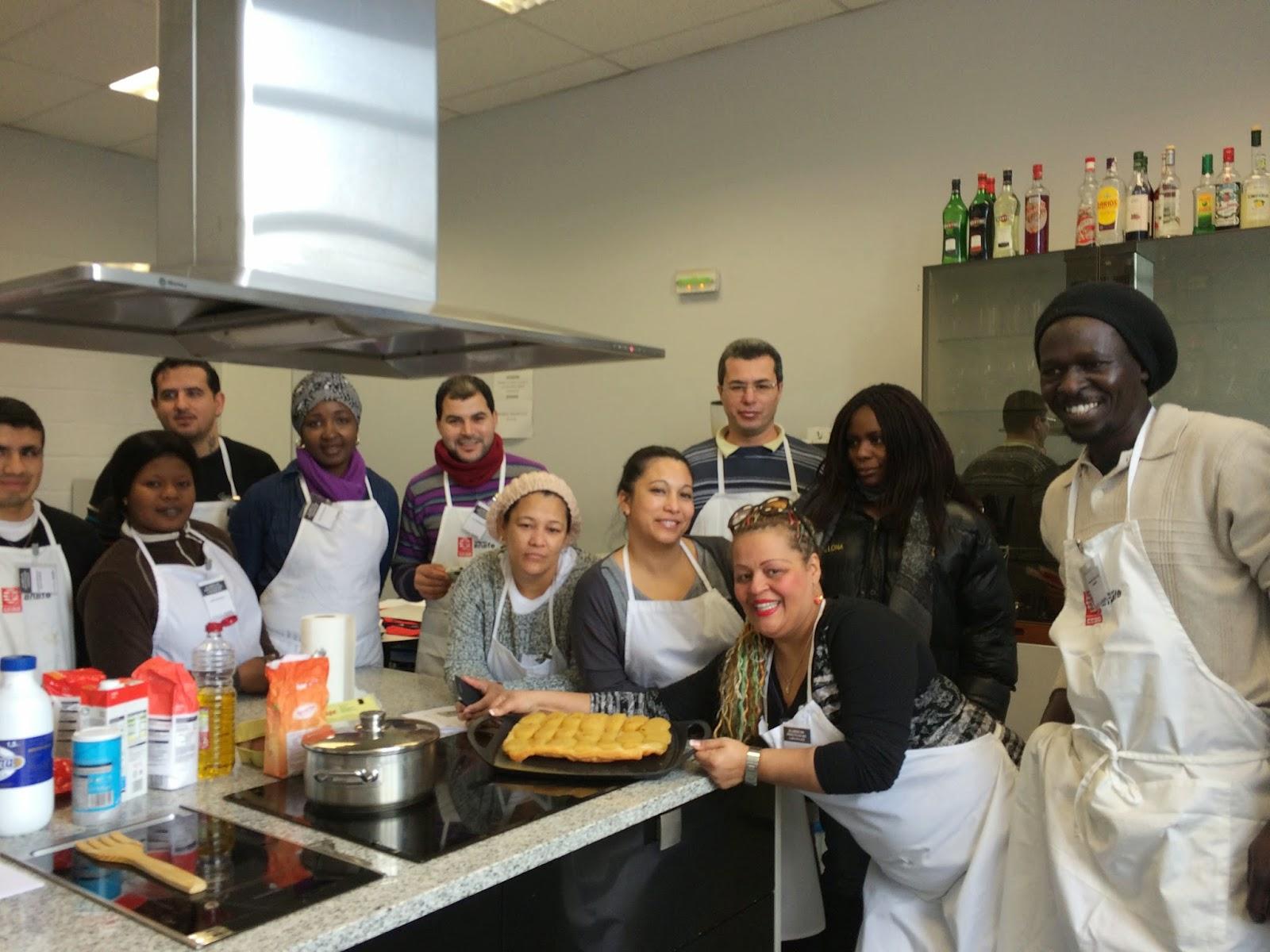 Hacer f cil lo dif cil curso de ayudante de cocina for Cursos de ayudante de cocina