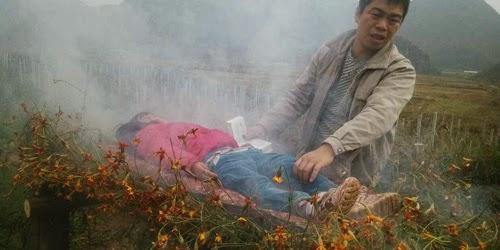Ayah Membakar Anak Karena Tidak Punya Duit Untuk Berobat Kanker Si Anak