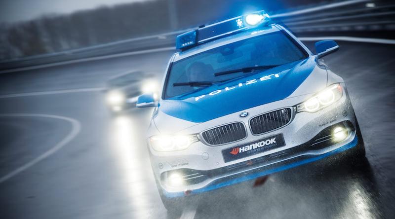 BMW 4シリーズ パトカー