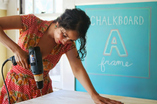 DIY Chalkboard Sandwich Board // Step 4