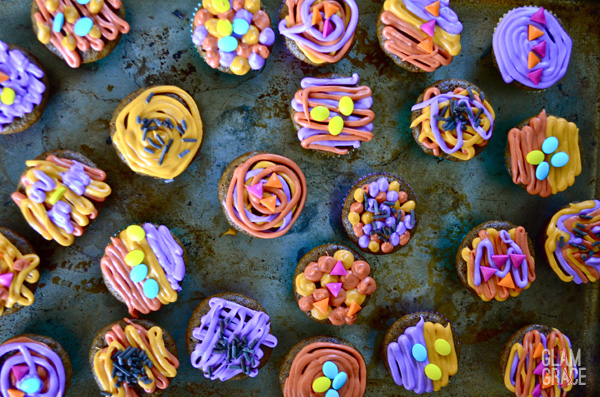 colorful gingerbread mini cupcakes - sprinkles