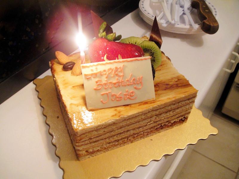 ???blog blog: HAPPY BIRTHDAY JOSIE & Aree Thai
