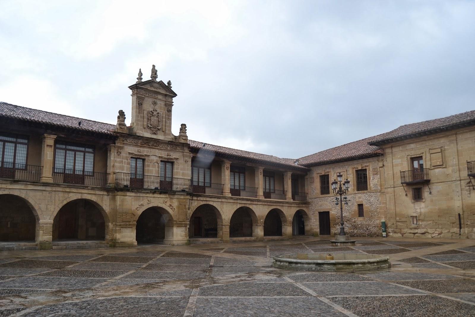Plaza de la Alameda. Guía de viaje de La Rioja Alta. Tu Maleta.