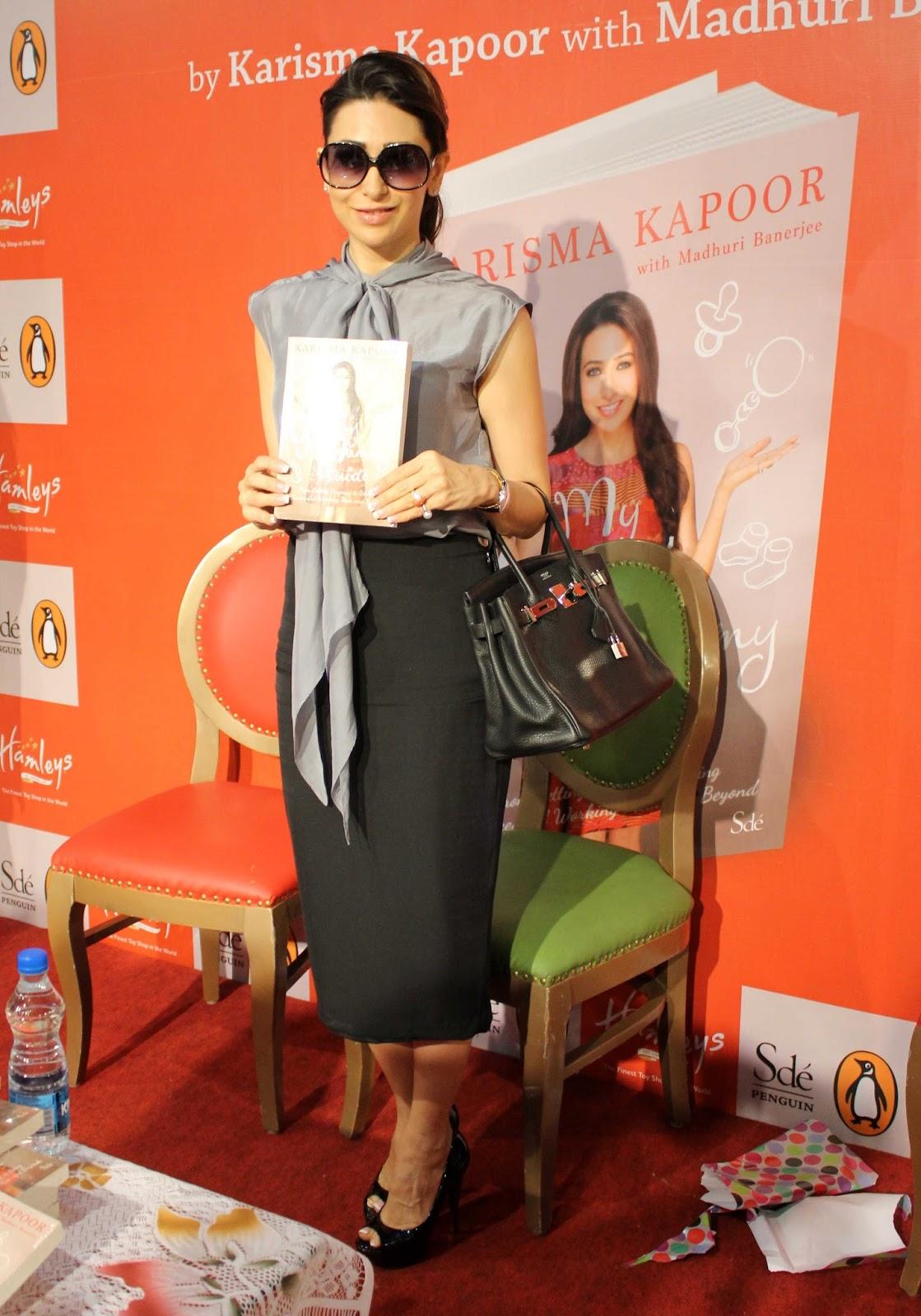 http://2.bp.blogspot.com/-P1_2rrC7sP8/Ujaxz02uiUI/AAAAAAABixw/c6uKdHGbco8/s1600/Karisma-Kapoor-Launch-Of-Book-My-Yummu-Mummy-Guide-11.JPG