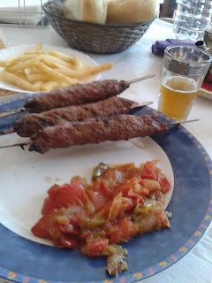 Pinchitos de kefta. Restaurante árabe Salam-La Paz. El Tapeador.